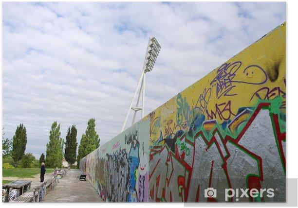 Plakát Mur de couvert graffitis le dlouhý du Stade, Berlín, Německo - Evropská města