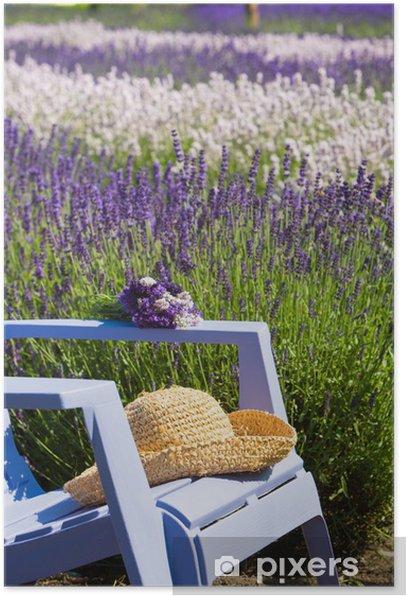 Plakat Niebieskie krzesło w fioletowym polu lawendy - Tematy