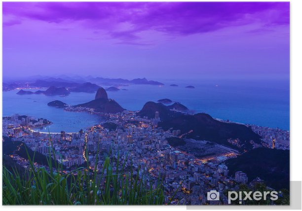 Plakát Noční pohled na hory Sugar Loaf a Botafogo v Rio de Janeiru - Americká města