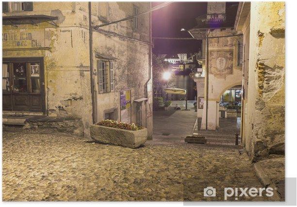 Plakat Orta w dół do placu przez noc 2 kolorowego obrazu - Europa