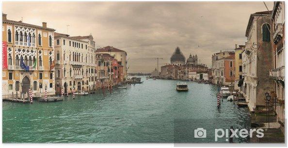 Plakat Panoramiczny widok na słynny kanał Grande. - Tematy