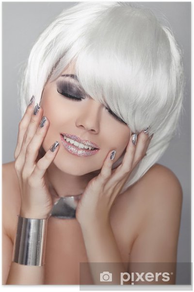 Plakat Piękna mody portret kobiety. białe krótkie włosy. szczęśliwa dziewczyna Clos - Uroda i pielęgnacja ciała
