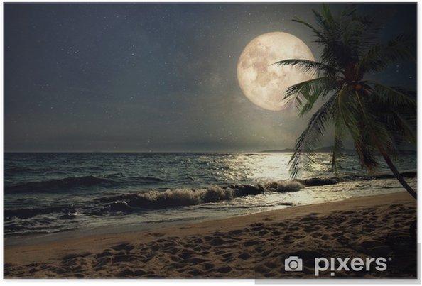 Plakat Piękna tropikalna plaża z mleczną gwiazdą w nocne niebo, pełnia - grafika w stylu retro z klasycznym odcieniem (elementy tego księżycowego obrazu dostarczone przez nasa) - Krajobrazy