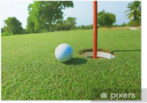 Plakat Piłeczki do golfa w pobliżu luku - Sporty indywidualne