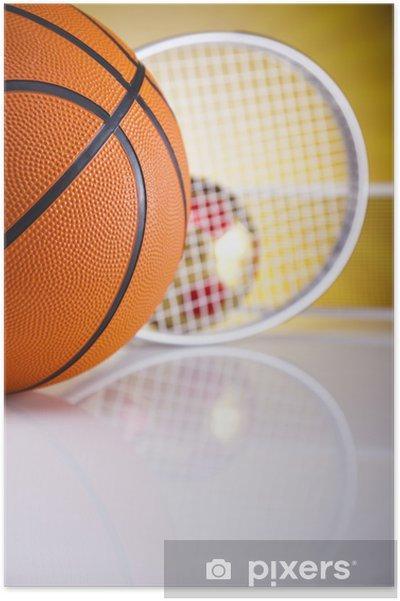 Plakat Piłka do koszykówki na słońcu - Sporty na świeżym powietrzu
