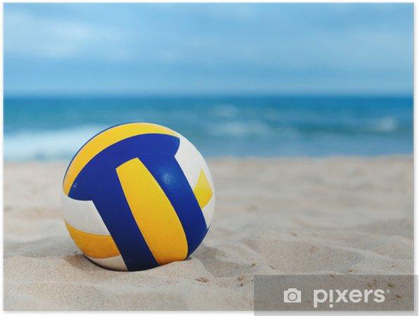 Plakat Piłka leży na piasku w pobliżu morza - Siatkówka