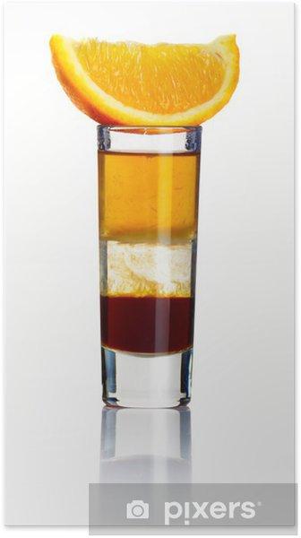 Plakat Płasko krótki koktajl alkoholu samodzielnie na białym tle - Alkohol