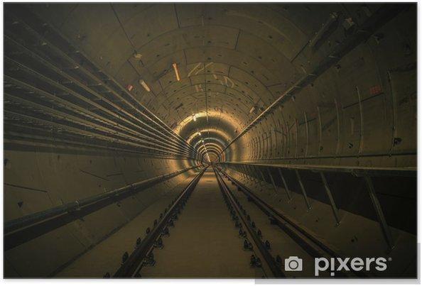 Plakat Podziemny obiekt z wielkim tunelu - Tematy