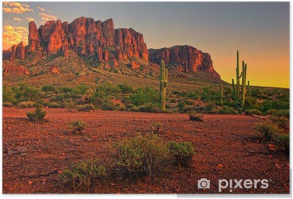 Plakat Pustynny zachód słońca z widokiem na góry - Pustynia