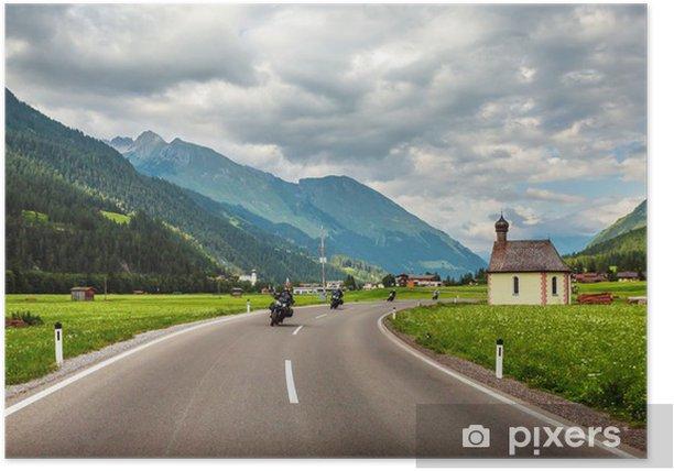 Plakat Rowerzystów na górskiej szosie - Europa
