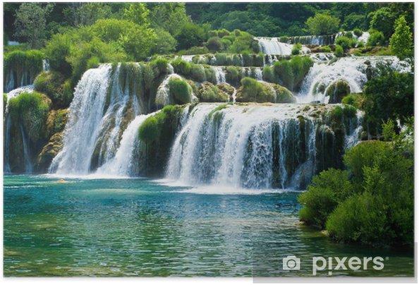 Plakat samoprzylepny Bajkowy wodospad wśród zieleni - Wodospady