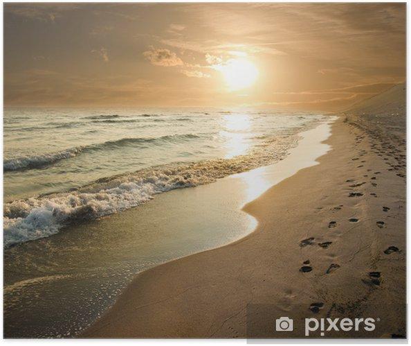 Plakat samoprzylepny Golden Sunset na brzegu morza - Tematy