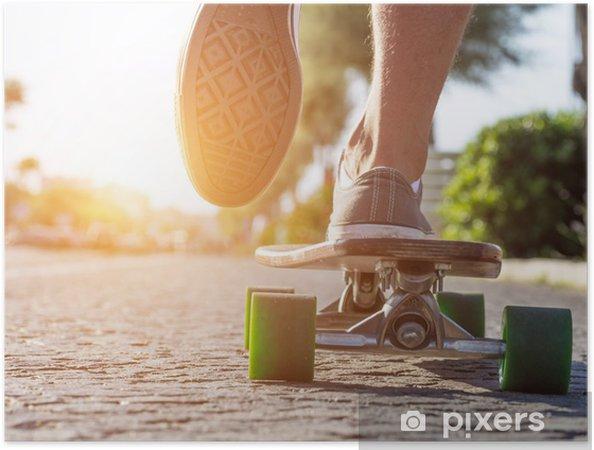 Plakat samoprzylepny Skater w akcji - Skateboarding