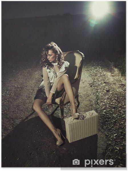 Plakát Sexy žena s kufrem - Móda