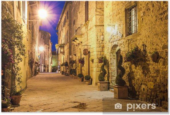 Plakat Starożytne miasto Pienza we Włoszech w nocy. - Toskania