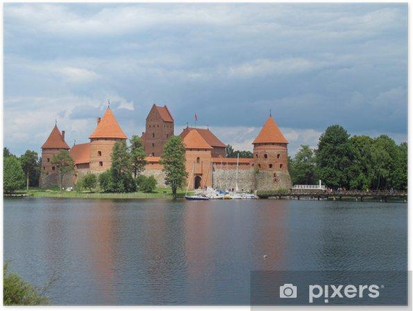 Plakat Starożytnego zamku, który znajduje odzwierciedlenie w jeziorze na Litwie - Europa
