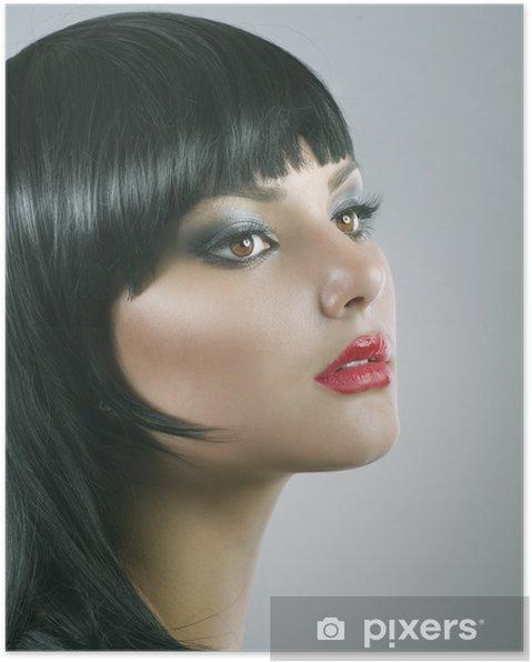 Plakát Stříhání. Účes. Krásná brunetka. Zdravé vlasy - Móda