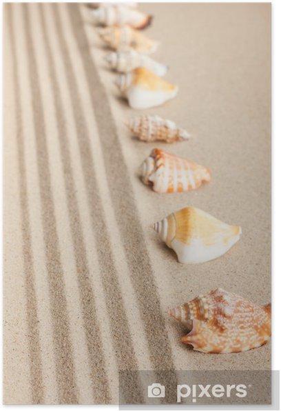 Plakát Stripe mušle ležící na písku - Prázdniny