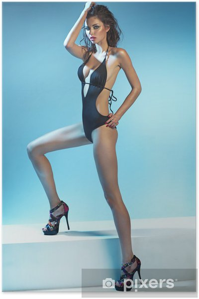 7be887275 Plakát Svůdná brunetka žena na sobě sexy plavky • Pixers® • Žijeme ...