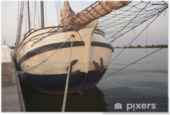 Plakat Tradycyjnych łodzi żaglowych w drewniane niedziela wieczór - Wakacje