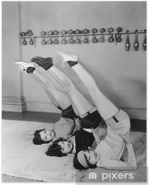 Plakat Trzy kobiety pełniące - Do siłowni i fitness klubu