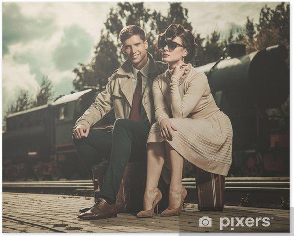Plakát Vintage pár na platformě nádraží - Doplňky a věci