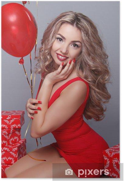 Plakat Walentynki. Piękna młoda kobieta z czerwonymi balonami O serce - Święta międzynarodowe