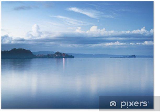 Plakat Wioska Capodimonte w Bolsena jezioro na zachód słońca, Włochy. - Europa