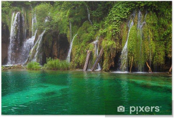 Plakat Wodospad i jezioro w Jeziora Plitwickie, Chorwacja. - Tematy