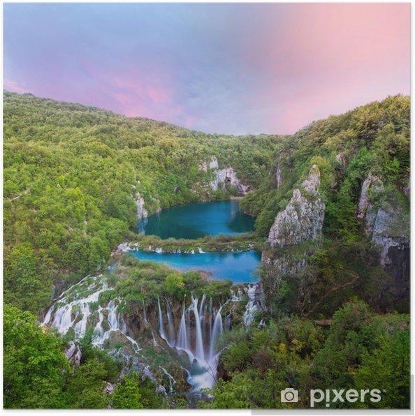 Plakat Zapierający dech w piersiach widok w Park Narodowy Jeziora Plitvice, Chorwacja - Tematy