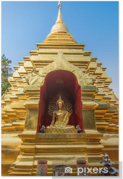 Plakat Złota pagoda w Wat Phan OHN świątyni w Chiang Mai - Miasta azjatyckie