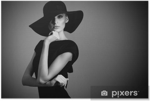 Poster Alta moda ritratto di donna elegante in bianco e nero cappello una -  Donne a496988cfee7
