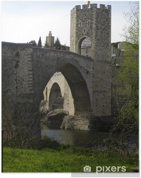 Poster Blick auf die mittelalterliche Brücke von Besalu, Katalonien, Spanien - Europa
