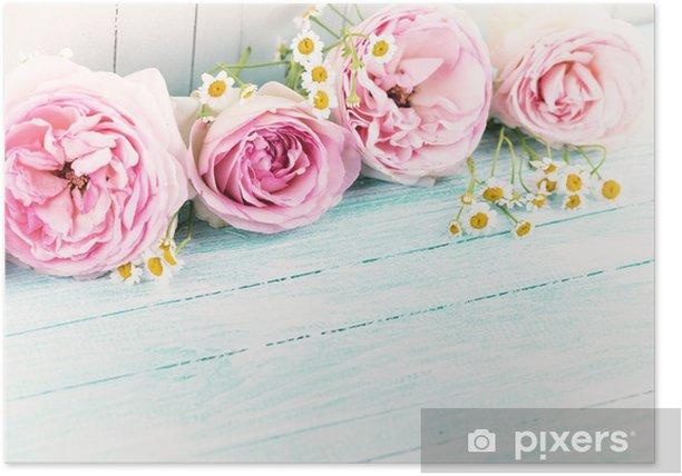 Poster Blumen auf Holzuntergrund - Stile