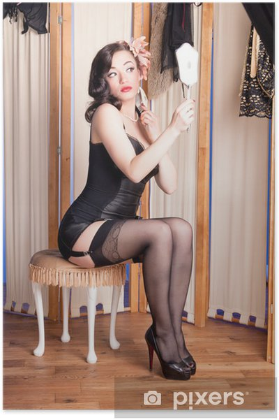 44f1ad59b9e05f Poster Burlesque Schönheit in schwarzen Dessous im Boudoir