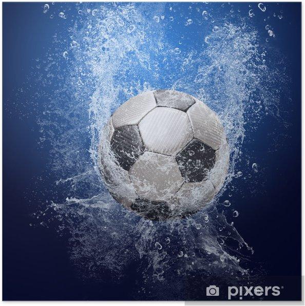 Poster Gocce Dacqua Intorno Pallone Da Calcio Su Sfondo Blu
