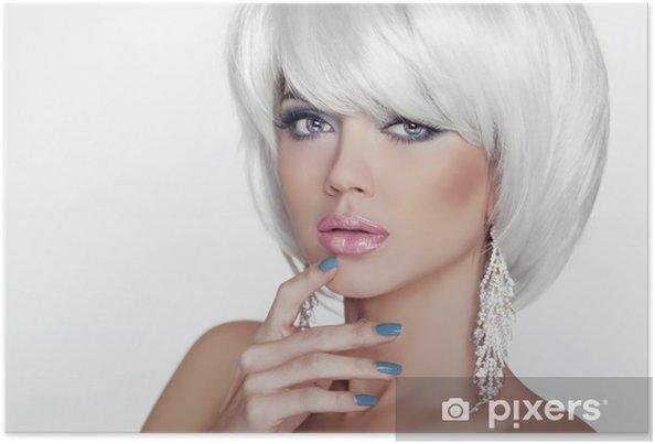Poster Moda donna bionda sexy con capelli bianchi corti. Lusso - Bellezza e  Cura del ff5e3e6d90ef