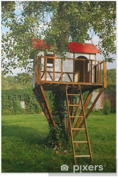 Poster Nettes Kleines Baumhaus Fur Kinder Auf Hinterhof Deutsch