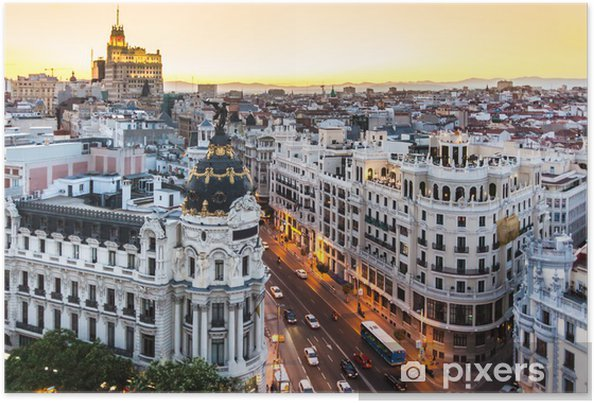 Poster Panoramic view of Gran Via, Madrid, Spain. - Temi