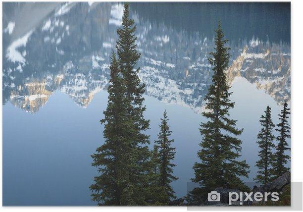 Poster Reflections in Moraine Lake im Banff NP, Alberta, Kanada. - Natur und Wildnis