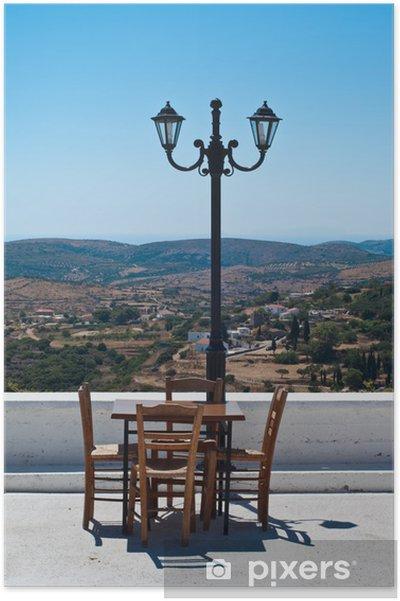Poster Restaurant-Terrasse in der griechischen Insel mit schönem Panorama. - Europa