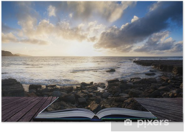 Poster Schöne Seelandschaft bei Sonnenuntergang mit dramatischen Wolken Landschaft imag - Wasser