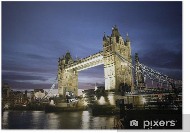 Poster Tower Bridge in der Abenddämmerung - Themen
