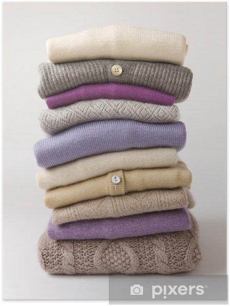 online retailer 81a96 33df2 Poster Un mucchio di maglioni di lana / pile de tira en laine