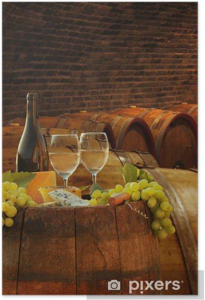 Poster Weinkeller mit Gläsern Weißwein gegen Fässer - Europa