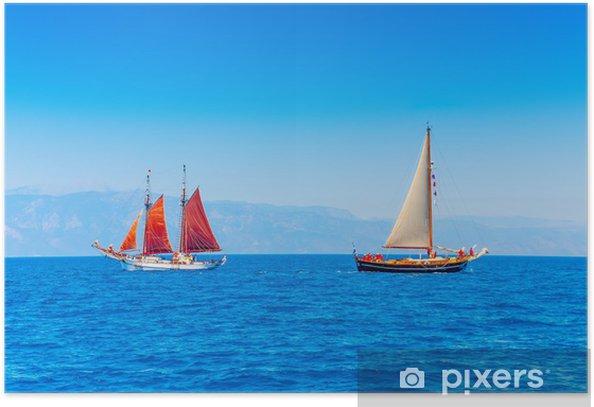 Poster 2 vieux classique voiliers en bois dans l'île de Spetses en Grèce - Sports aquatiques