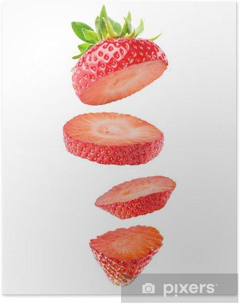 Poster Aardbei segmenten geïsoleerd op de witte achtergrond - Vruchten