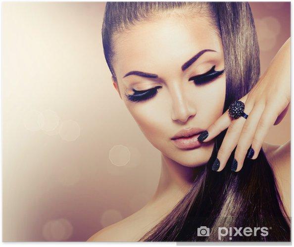 Poster autocollant Beauté Mode Fille modèle avec de longs sain Cheveux bruns - Mode