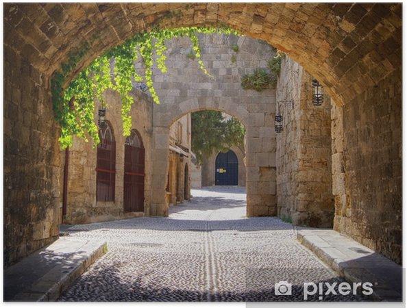 Poster autocollant Rue médiévale voûtée dans la vieille ville de Rhodes, Grèce - Styles