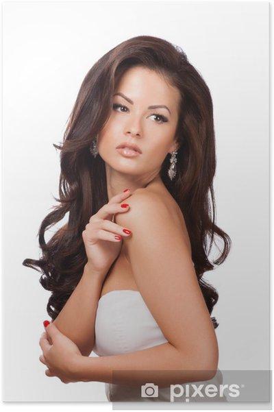 Poster Belle Fille Brunette avec le long cheveu sain - Mode